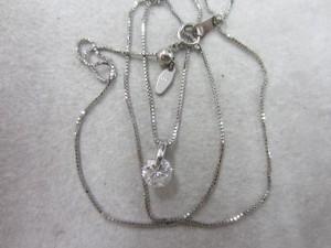 ダイヤ付ネックレス